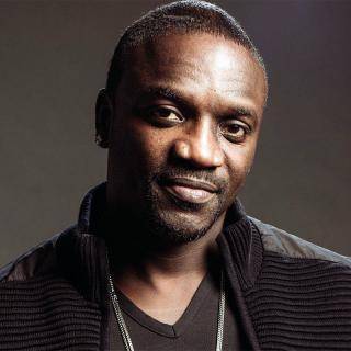 [Image of Akon]