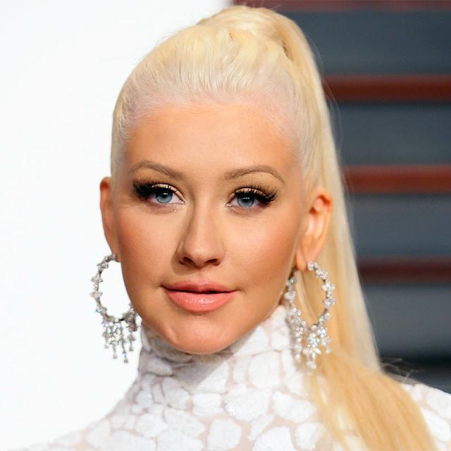 [Image of Christina Aguilera]