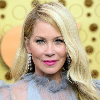 [Image of Christina Applegate]