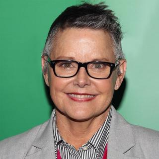 [Image of Amanda Bearse]