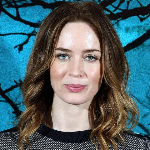 How tall is Emily Blunt? Height of Emily Blunt | CELEB ...