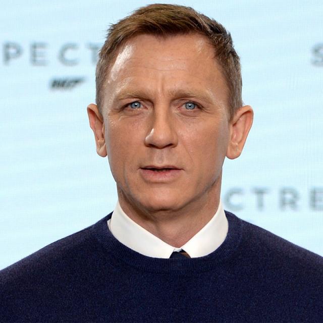 [Image of Daniel Craig]