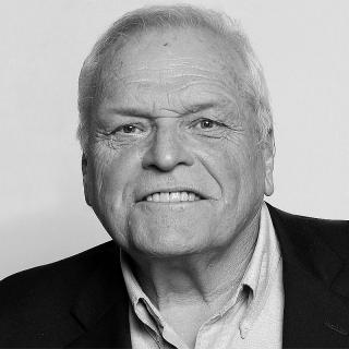 [Image of Brian Dennehy]