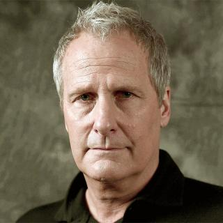 [Image of Jeff Daniels]