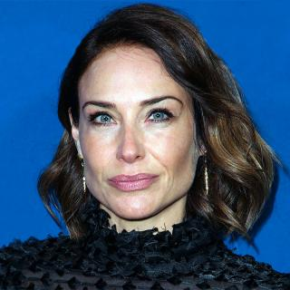 [Image of Claire Forlani]
