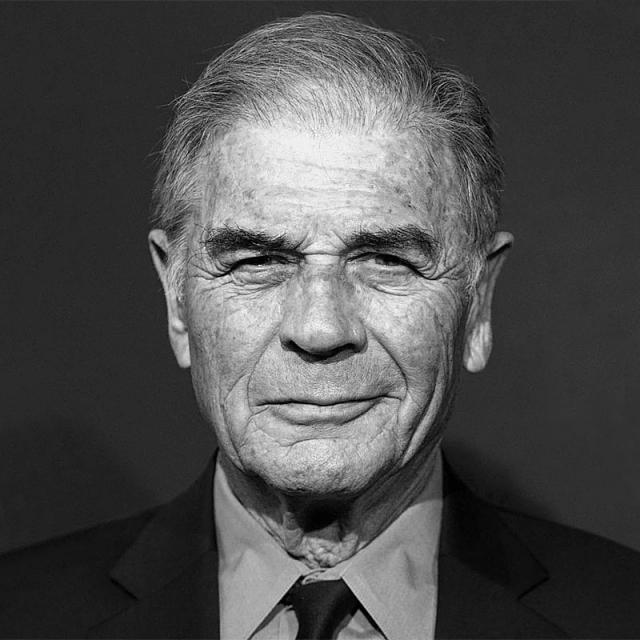 [Image of Robert Forster]