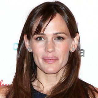 [Image of Jennifer Garner]