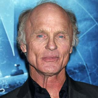 [Image of Ed Harris]