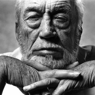 [Image of John Huston]