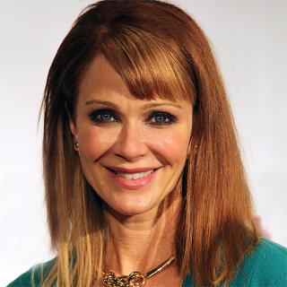 [Image of Lauren Holly]