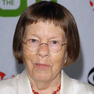 [Image of Linda Hunt]
