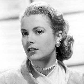 [Image of Grace Kelly]