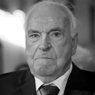[Image of Helmut Kohl]