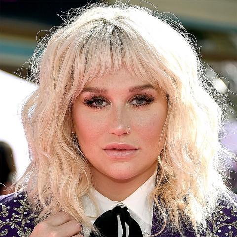 [Image of Kesha]