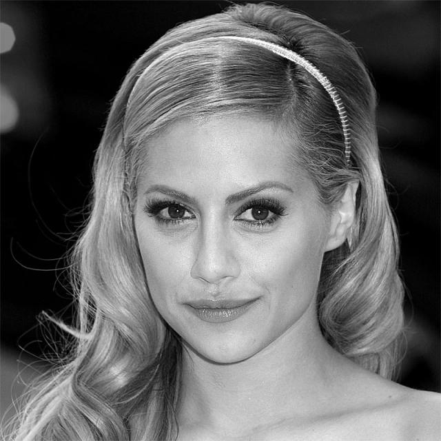 [Image of Brittany Murphy]