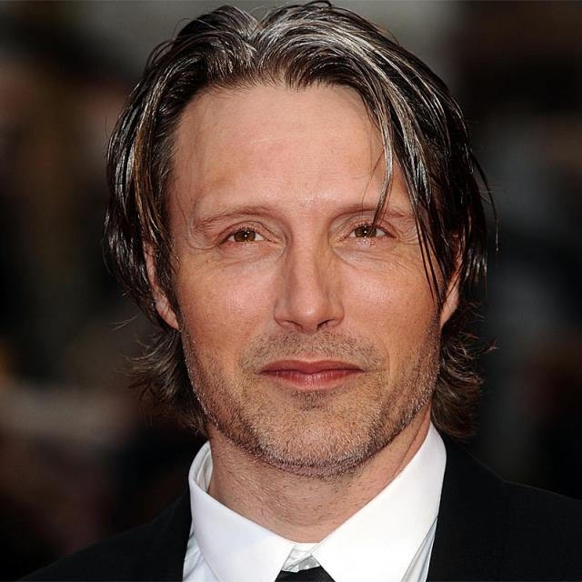 How tall is Mads Mikkelsen? Height of Mads Mikkelsen ...