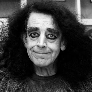 [Image of Peter Mayhew]