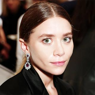 [Image of Ashley Olsen]
