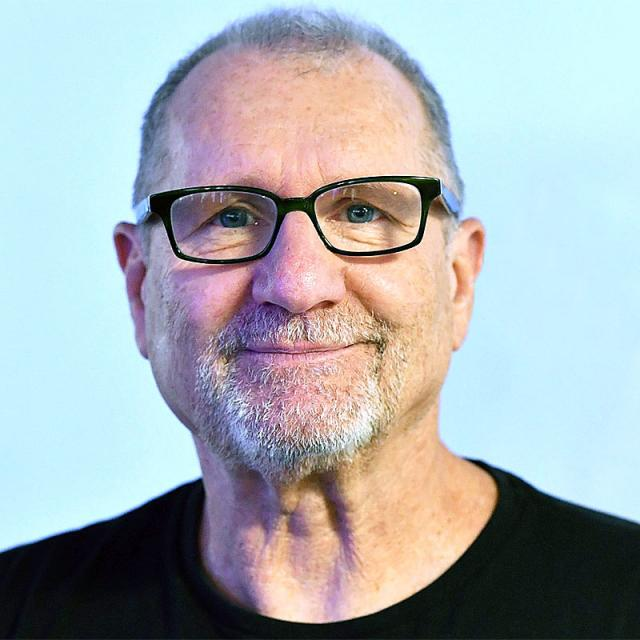 [Image of Ed O'Neill]