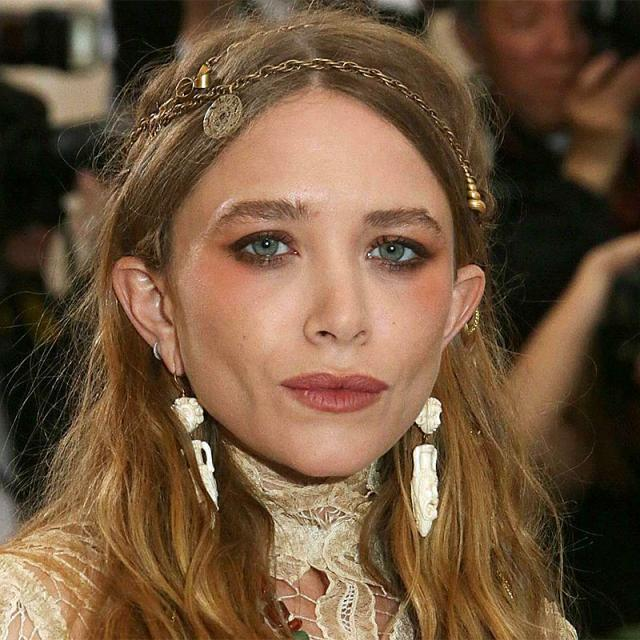 [Image of Mary-Kate Olsen]
