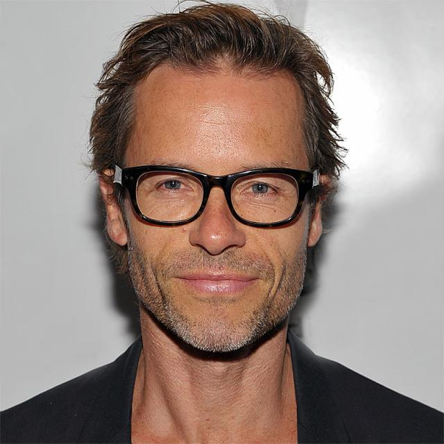 [Image of Guy Pearce]