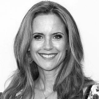 [Image of Kelly Preston]