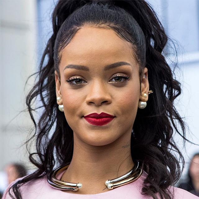 [Image of Rihanna]