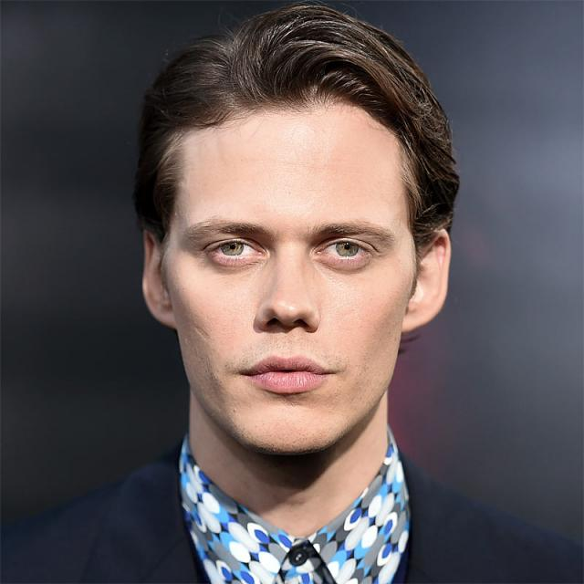 [Image of Bill Skarsgard]