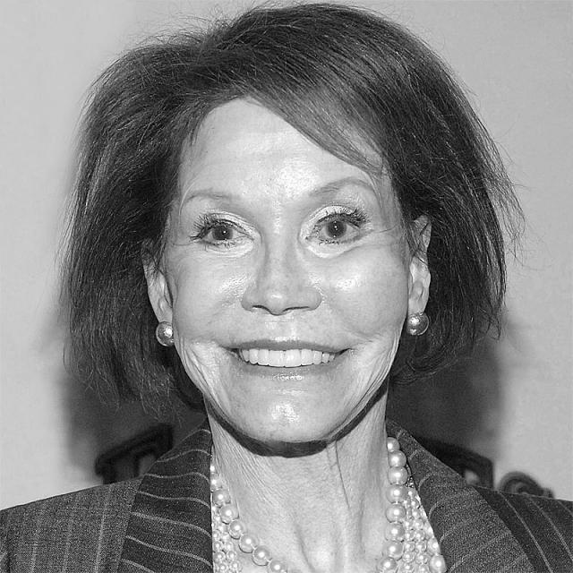 [Image of Mary Tyler Moore]