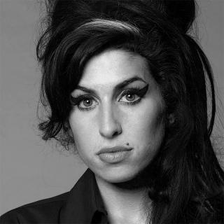 [Image of Amy Winehouse]